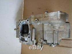05 Yamaha Yz250f Engine Case Set Left right Side bottom End Motor Cases OEM