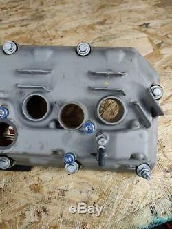 Couvercle De Culasse De Soupape Cote Conducteur Gauche S65 Oem Bmw E92 E93 /// M