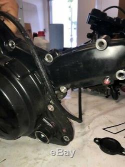 Ducati Hypermotard 939 Hyperstrada Gauche Moteur Latéral Couvercle D'alternateur Pompe À Eau